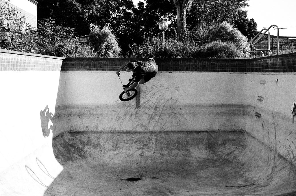 Fabe Pool - Anchor Bmx