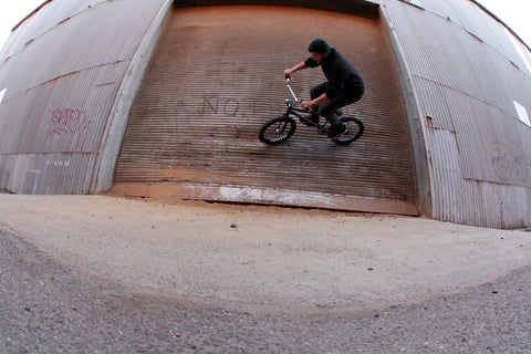roller door bmx wallride