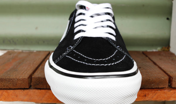 VANS -Vans Sk8-Low Pro Blk/White -Shoes -Anchor BMX