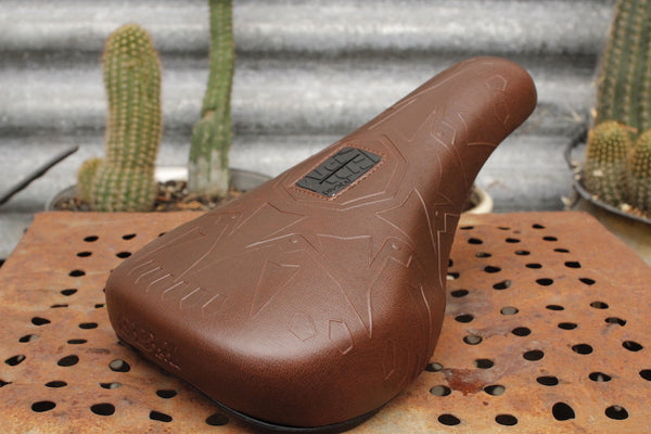 Fbm Compass Fat Pivotal Seat - Anchor BMX