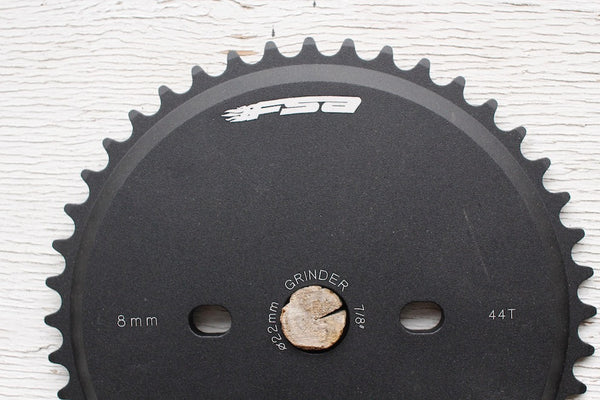 FSA GRINDER SPROCKET WITH GUARD