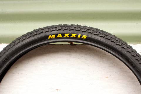 Maxxis -Maxxis Holy Roller 26 Inch Tyre -TYRES + TUBES -Anchor BMX