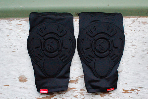 THE SHADOW CONSPIRACY -TSC Invisa Lite Elbow Pads -HELMETS + PADS + GLOVES -Anchor BMX