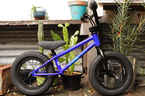 Kink Coaster Balance Bike Blue