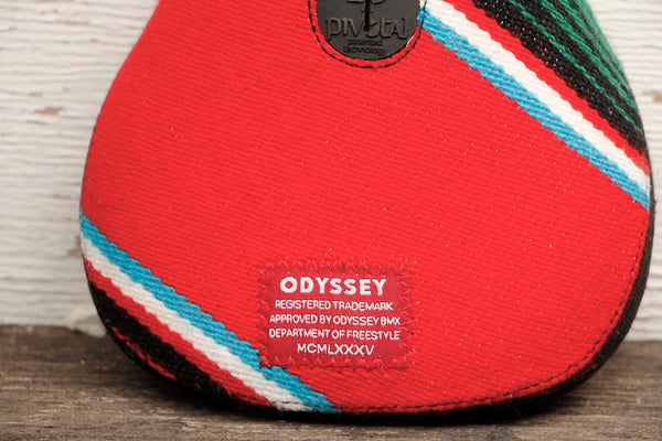 Odyssey Mexican Blanket Pivotal Seat