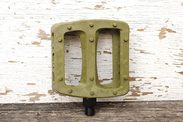 Odyssey Twisted Pro PC Pedals Army Green
