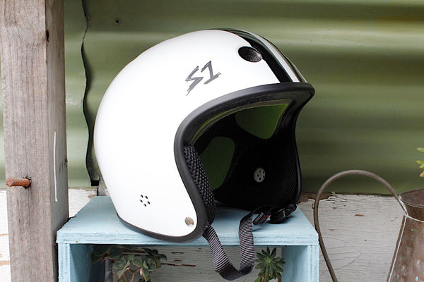 S1 RETRO LIFER HELMET WHITE WITH BLK STRIPE FULL CUT