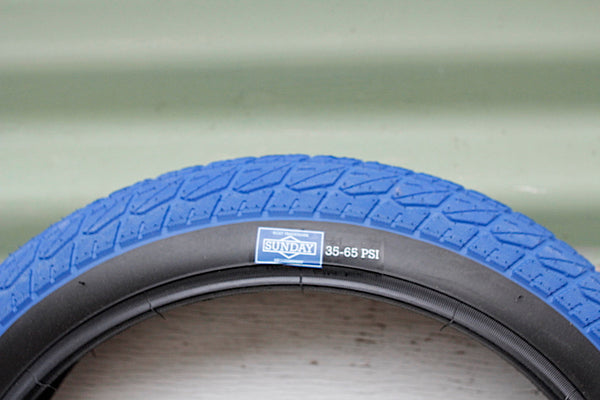 SUNDAY CURRENT 16 INCH BMX TYRE BLUE