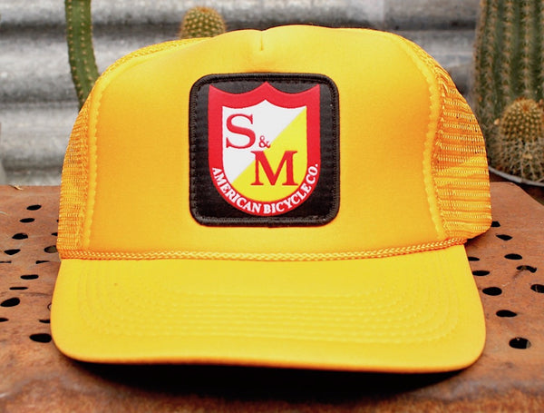S&M PATCH TRUCKER HAT YELLOW
