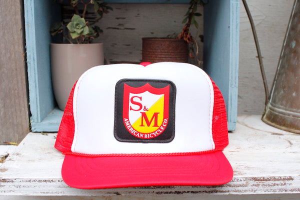 S&M PATCH TRUCKER HAT YOUTH