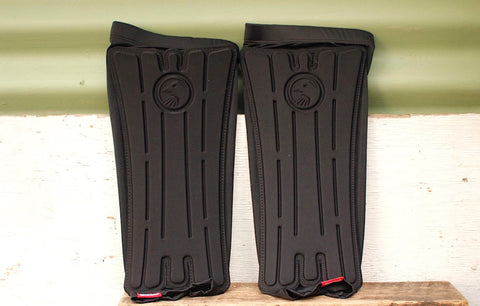 THE SHADOW CONSPIRACY -Tsc Invisa Lite Shin Guards -HELMETS + PADS + GLOVES -Anchor BMX