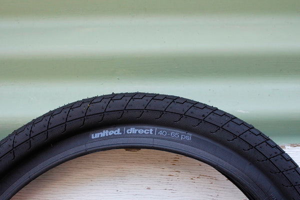 "UNITED DIRECT TYRE 18"" X 2.10"""
