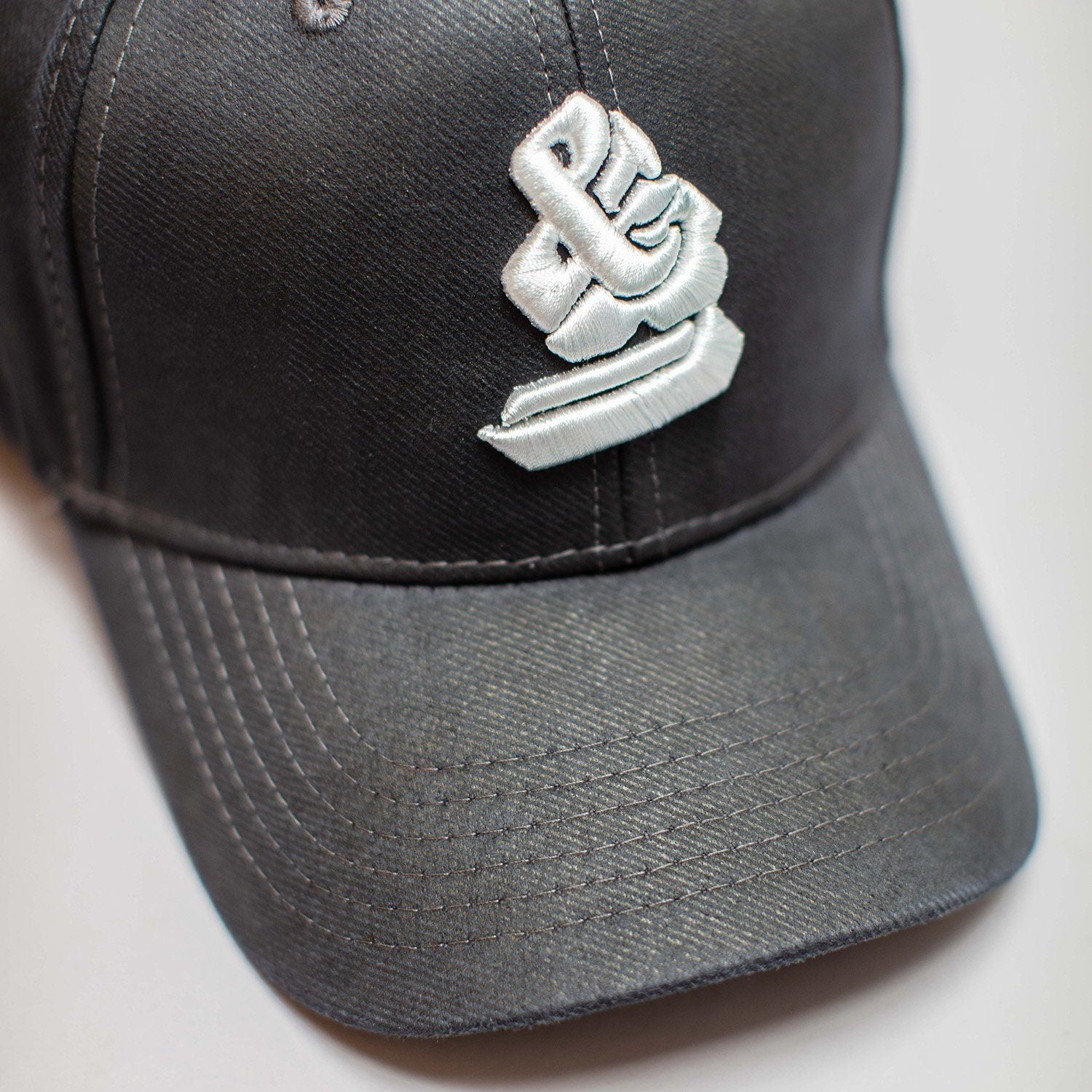 The GARAGE Baseball Cap White