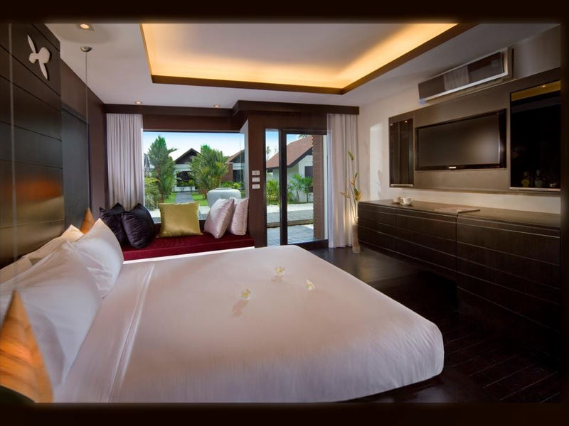 Luxury Retreat & Pink Dolphin experience in Thailand