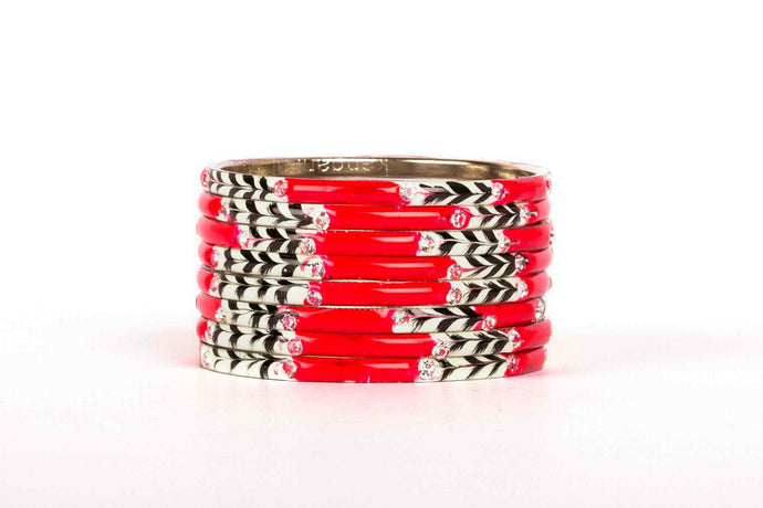 EIGHT PIECES OF MEENAKARI BRACELET WITH BLACK AND WHITE PATTERN PAINTED BY HAND RED