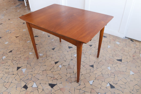 Table de repas scandinave 106x74cm