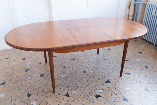 Grande table ovale Gplan en teck