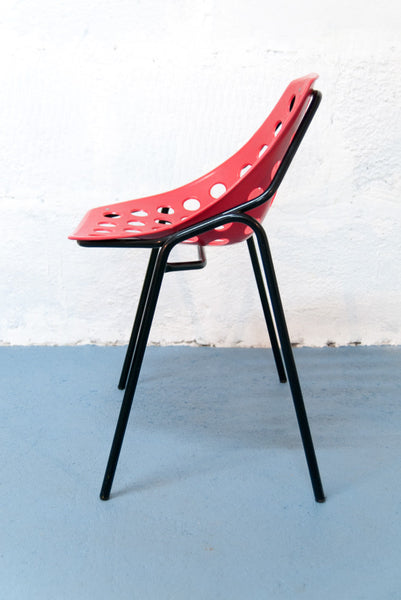 Chaise Coquille par Pierre Guariche