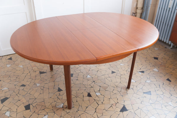 Table scandinave à rallonge