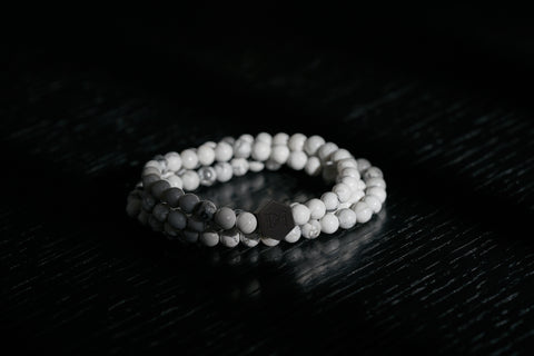 A product image of the Howlite White Stone beaded wrap bracelet
