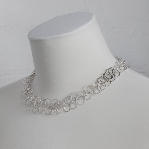 Bay loop necklace, silver