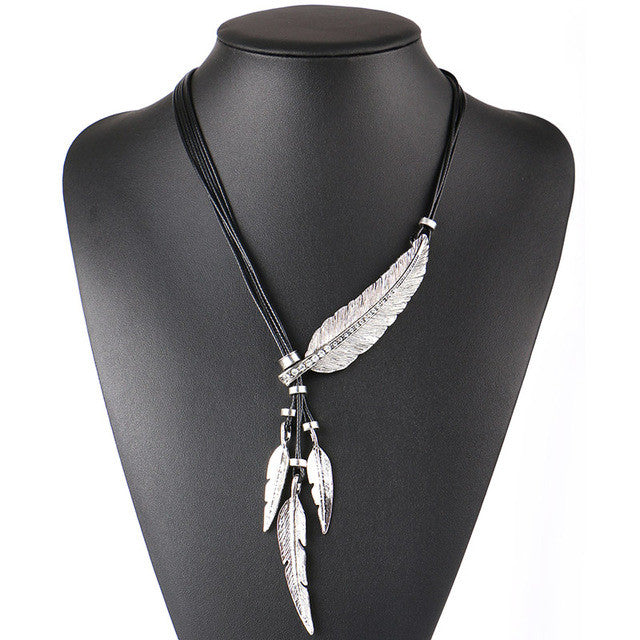 Rope Feather Necklace
