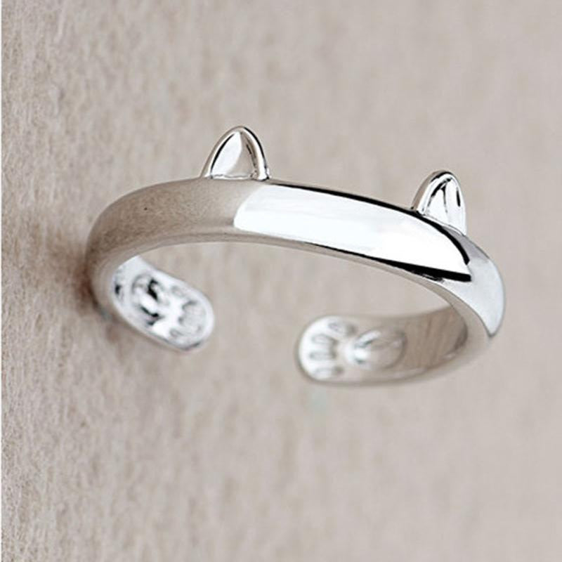 "Cat Lovers Silver ""Cat"" Ring"
