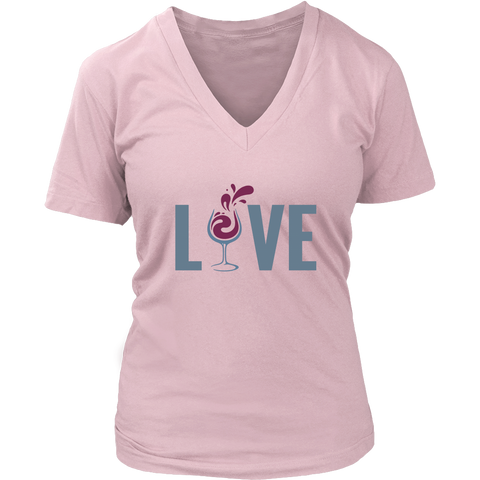 Love Wine Women's V-Neck T-Shirt