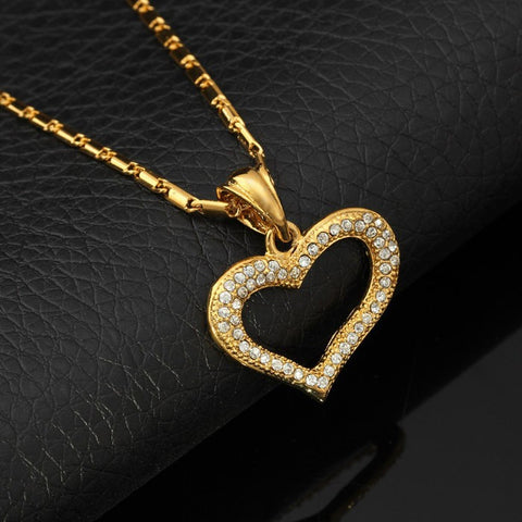Necklaces With Romantic Gold Plated Rhinestone Heart Pendant