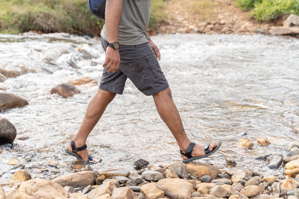 Shoes and Sandals for Hiking   Decathlon
