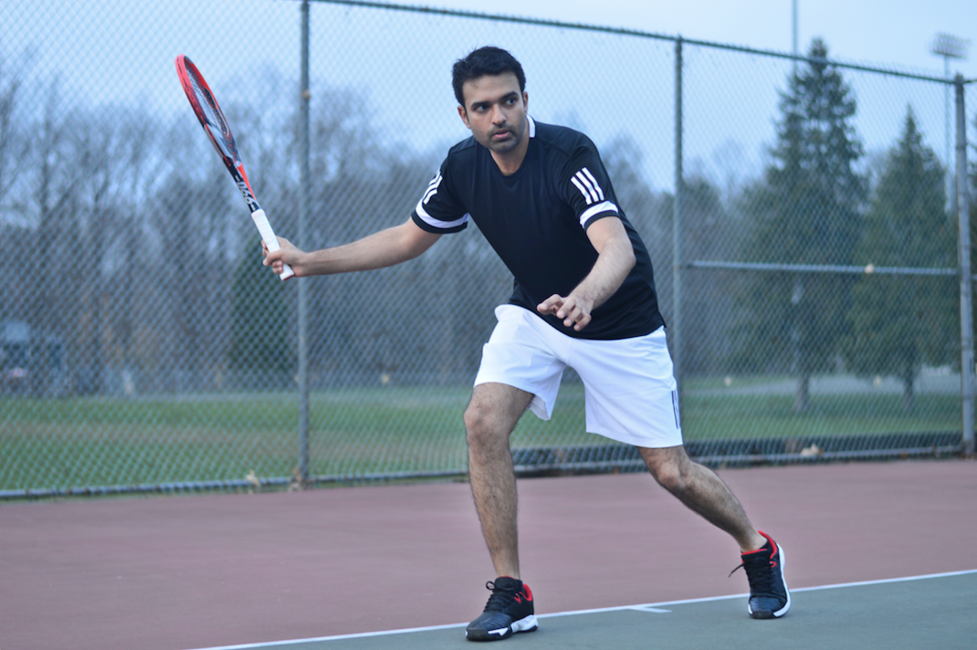 Decathlon Ambassador Gurneet Singh Reviews the TR990 Tennis Racket