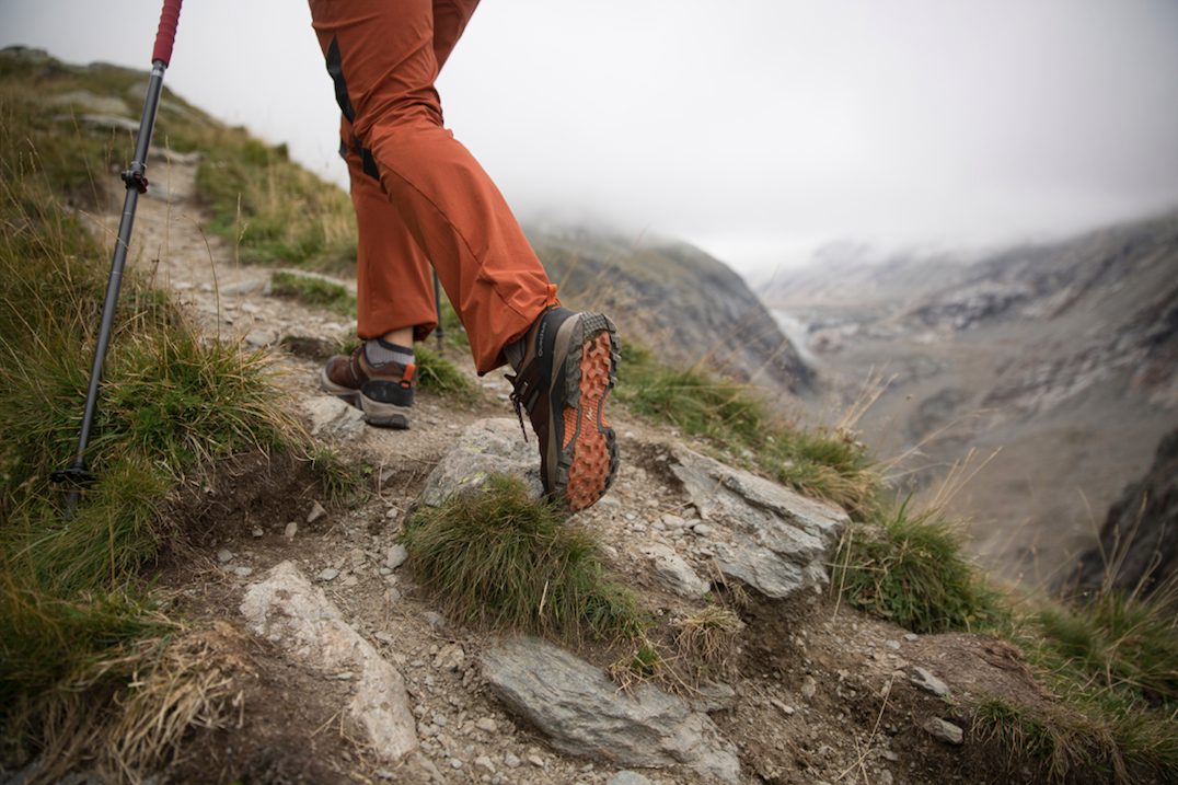 How to Select the Right Hiking Shoes