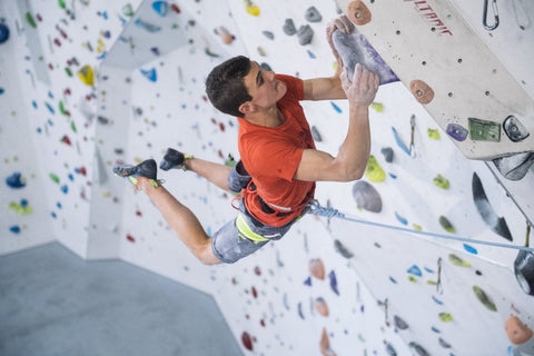indoor climbing option