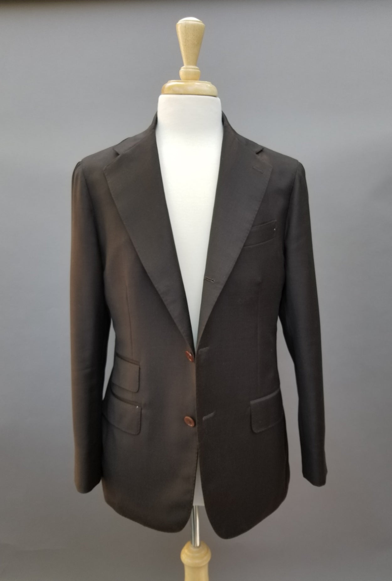 Chocolate Brown 9oz Wool Neapolitan Suit 38/40R