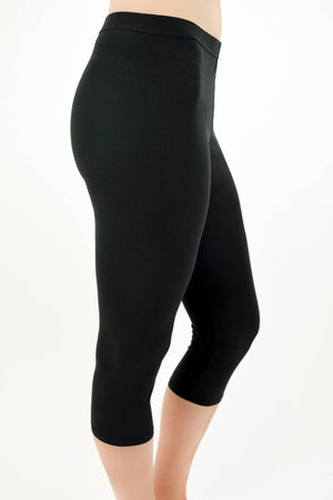 Cropped Black Leggings Profile