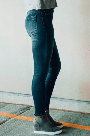 Hilary Highrise High Waisted Jeans Profile 2