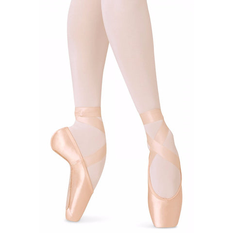 European Balance, Pointe Shoes