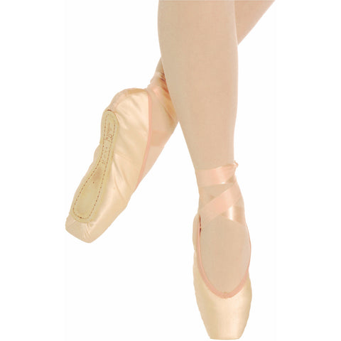 Paris, Pointe Shoes