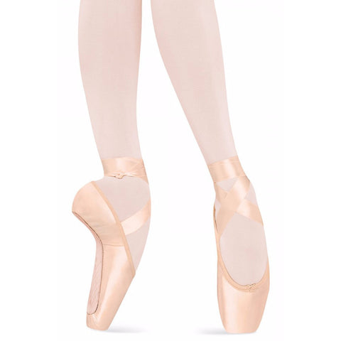 Serenade strong, Pointe Shoes