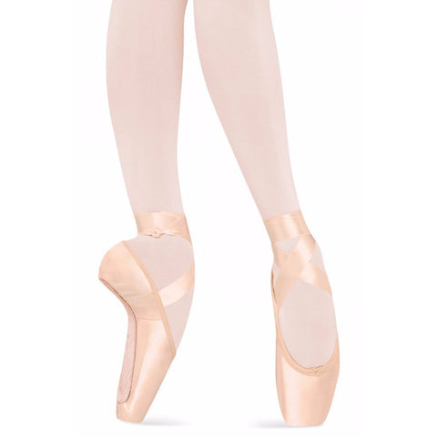 TMT Serenade, Pointe Shoes