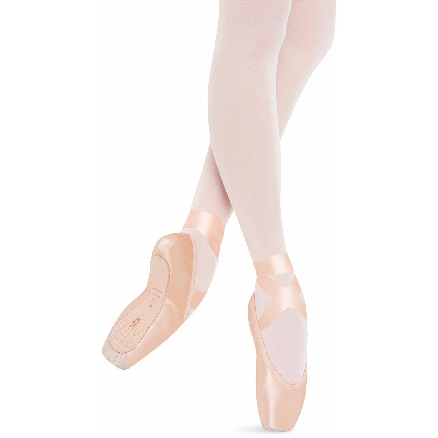Triomphe, Pointe Shoes