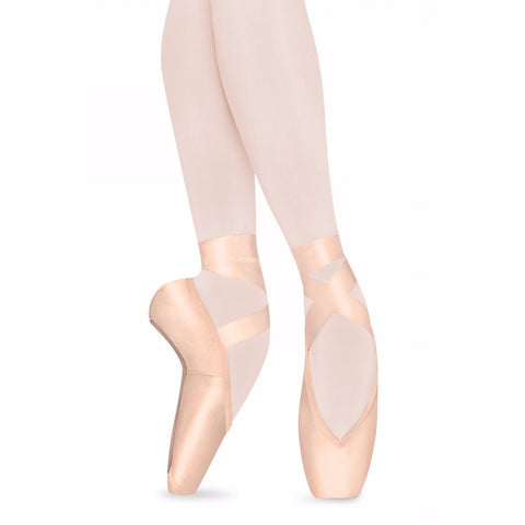 Serene, Pointe Shoes