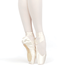 Brava V-CUT Pointe Shoes, Flexible Hard