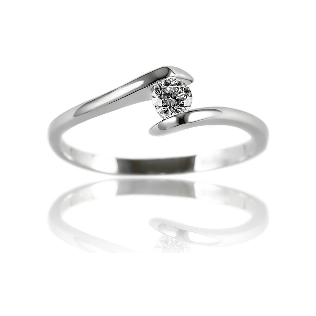 angled view Aurum Mod white gold-plated simple ring design