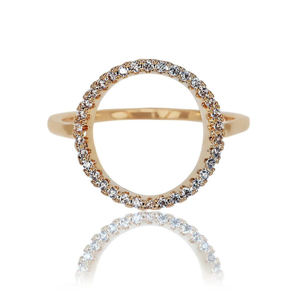 front view of Aurum Mod yellow gold-plated circle ring
