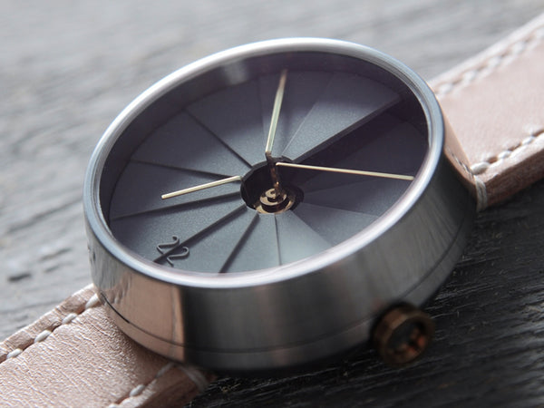 4th Dimension Watch : A watch that connects time and space - Designclusive