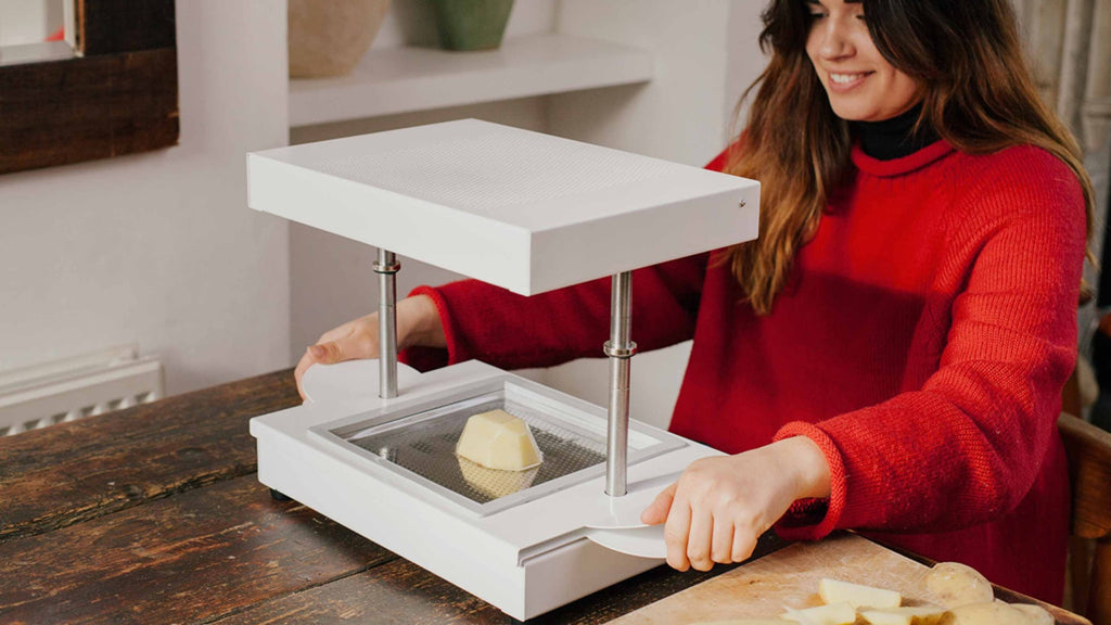 Mayku FormBox : A Desktop Vacuum Former That Makes Beautiful Things