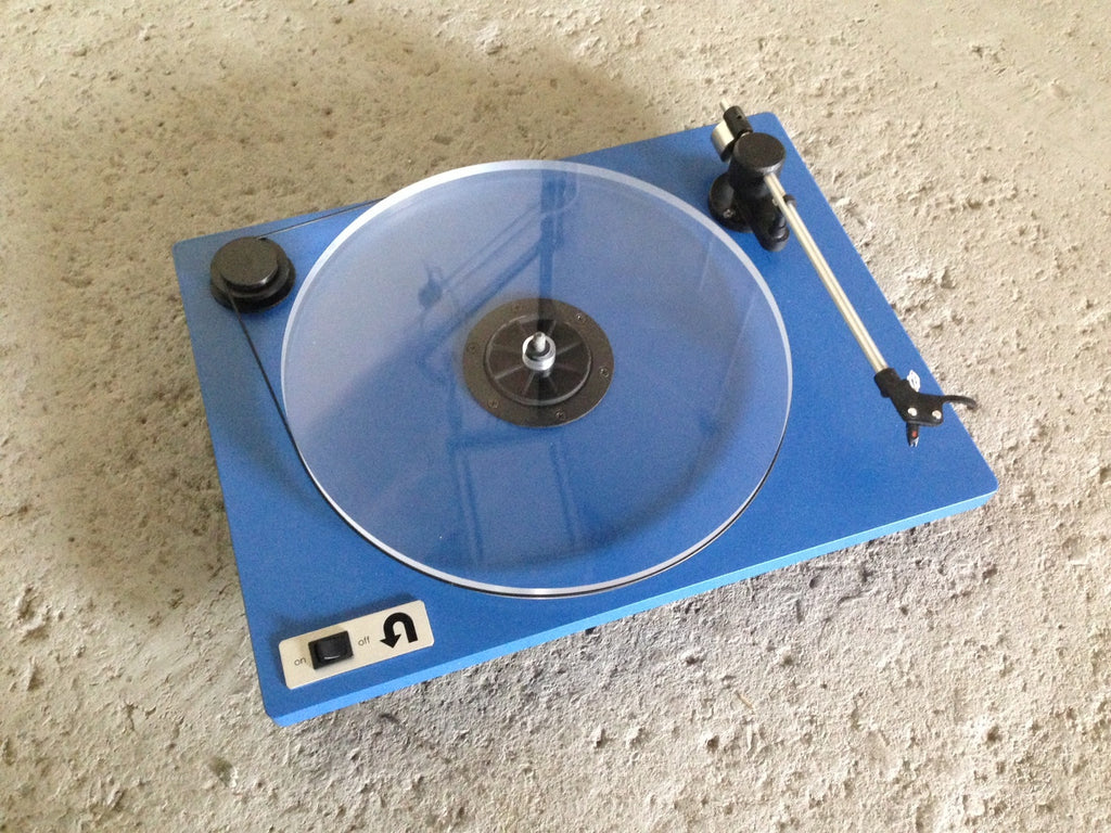 Orbit Turntable - Designclusive