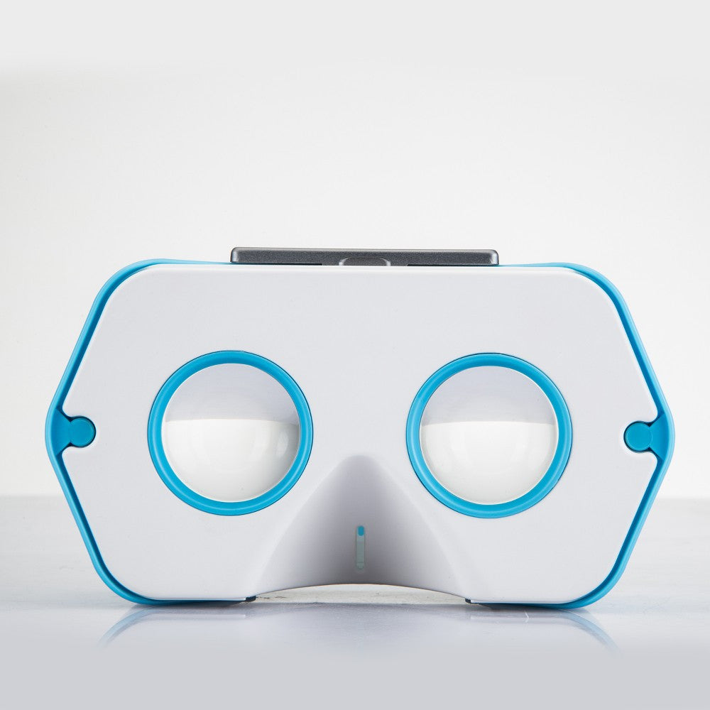 dscvr : a roadworthy Virtual Reality headset for smartphones - Designclusive