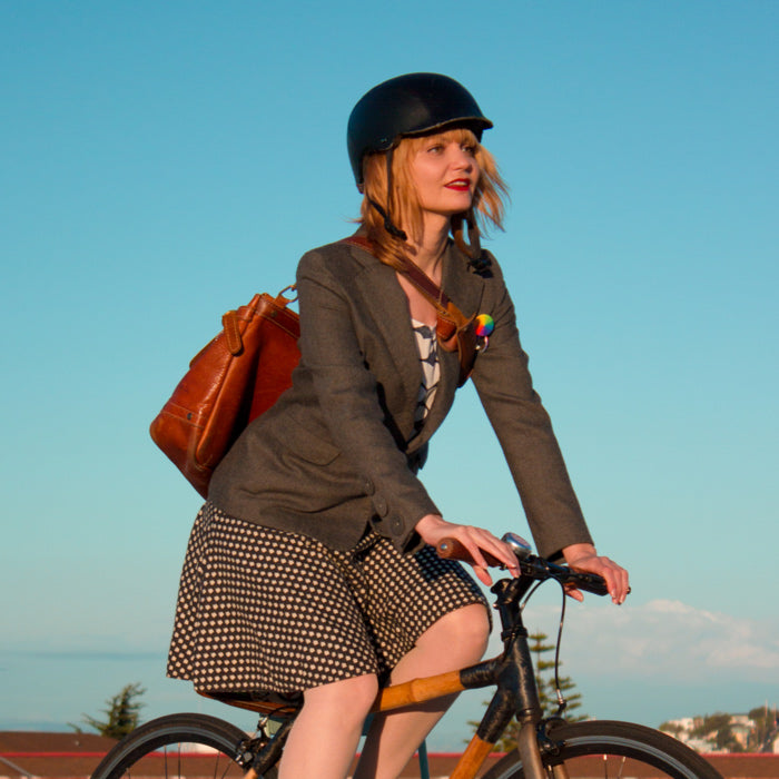 10 Shockingly Chic Bicycle Helmets